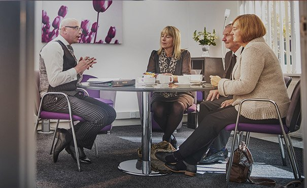 Arranging a funeral with Mortons - Discussing the best funneral arrangements to meet your needs